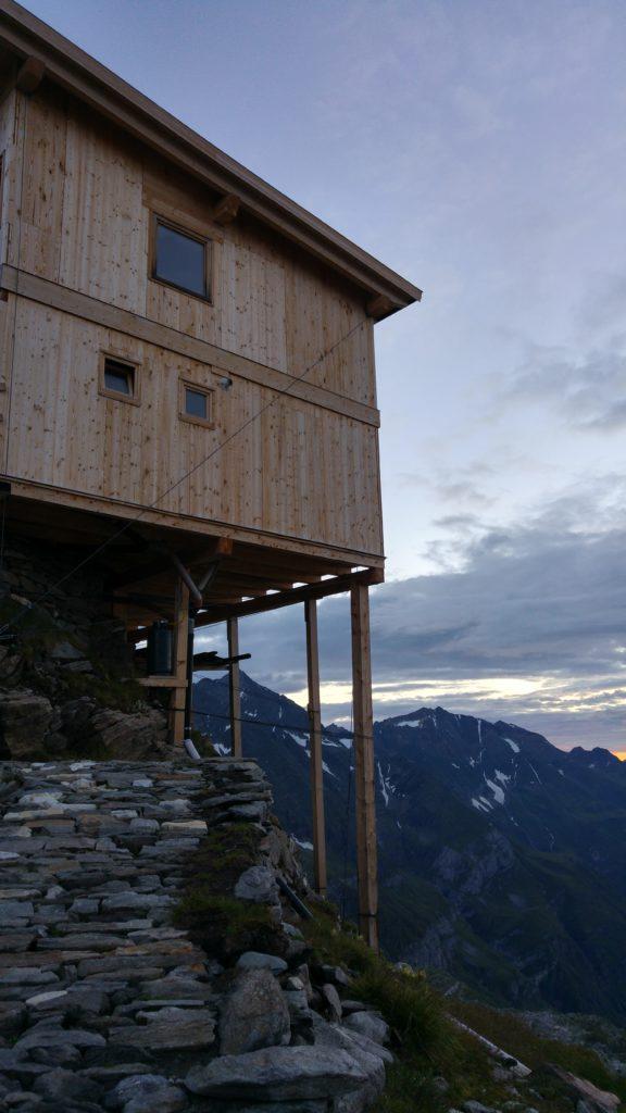 Die Stettiner Hütte auf Holzstelzen